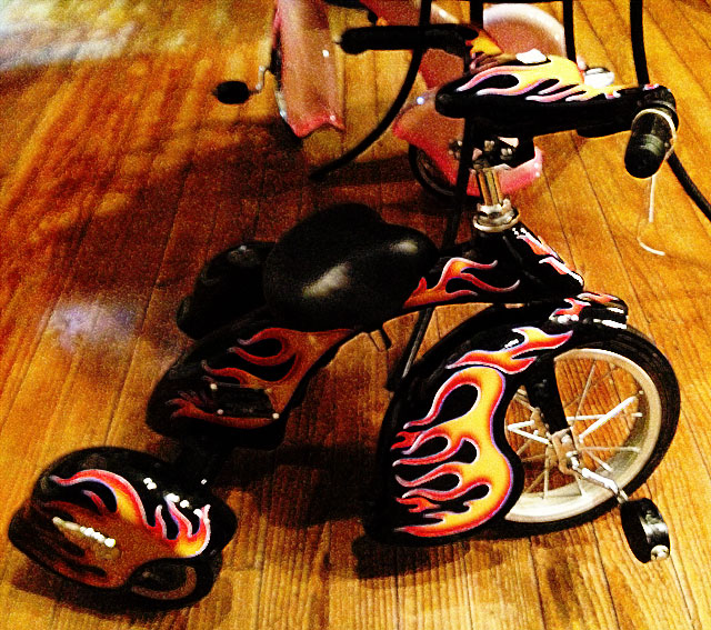 Photo of souped-up tricycle