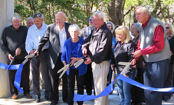 Horseshoe Creek ribbon cutting