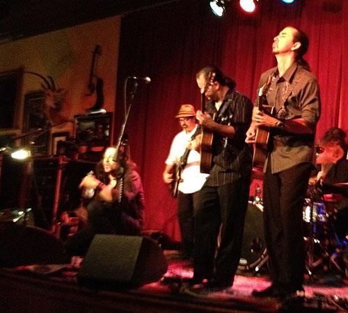 Photo - Del Castillo in concert in Fredericksburg, Texas