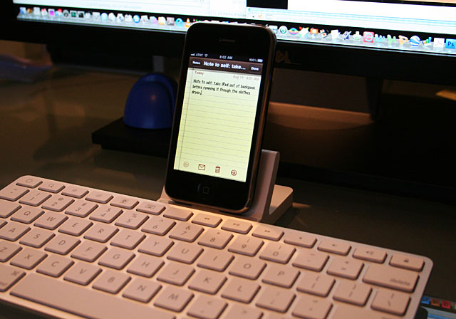 iPhone connected to Apple iPad keyboard